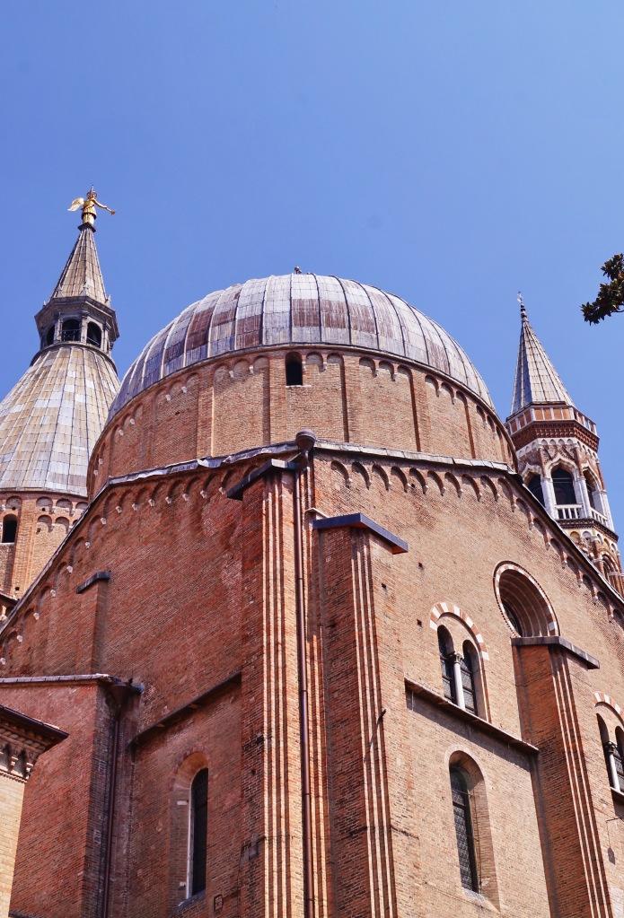 detail-of-basilica-del-santo-padua-italy